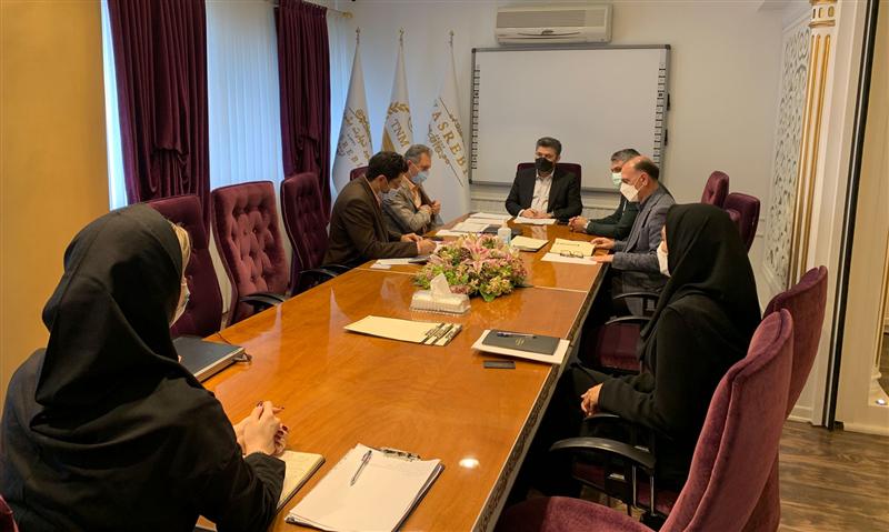 Evaluating the performance of employees of Yasrebi