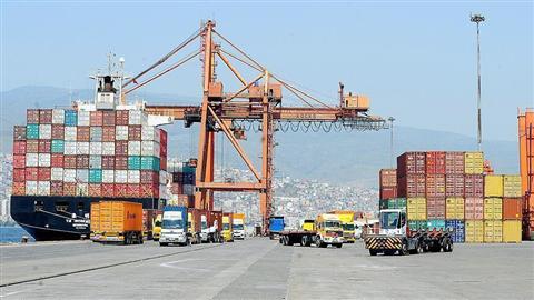 روابط تجاری و افت سرمایه گذاری آمریکا و چین